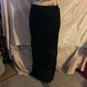 No Boundaries Lacy skirt